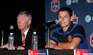 Ferguson avec sa dernière recrue mexicaine, Hernandez